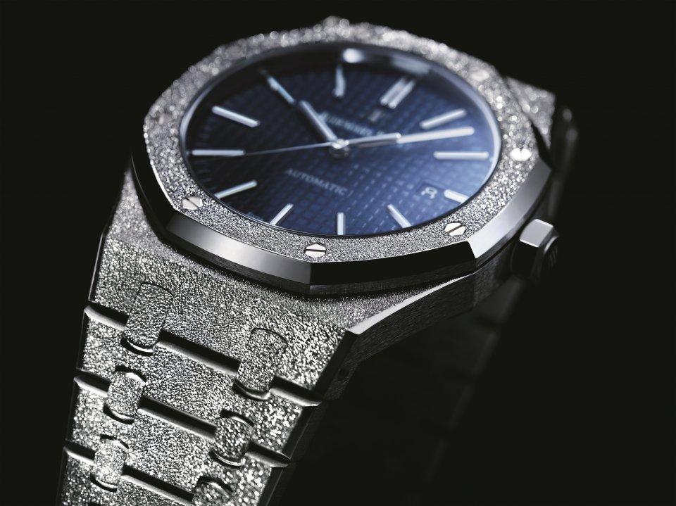 quality design eaeda f1039 オーデマ ピゲが新作「ロイヤル オーク・フロステッドゴールド ...
